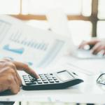 accountant is calculate the budget rwz5g4u